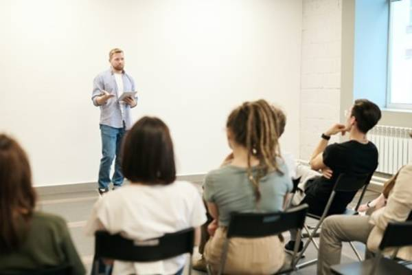 4 questions to ask to help your presentation skills training